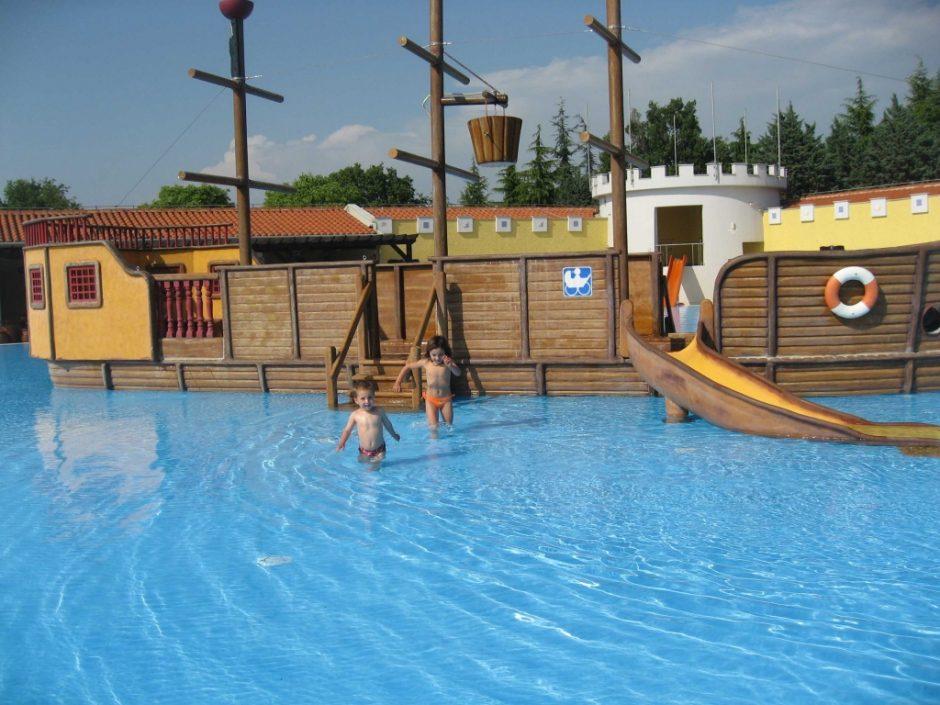 Piscina camping croacia familias en ruta - Camping con piscina ...