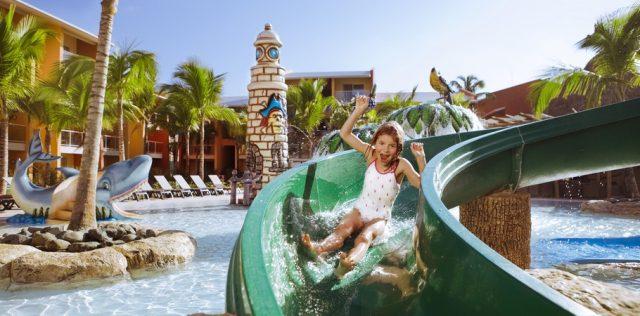 Reserva online los mejores hoteles realmente familiares for Hoteles con habitaciones familiares en espana