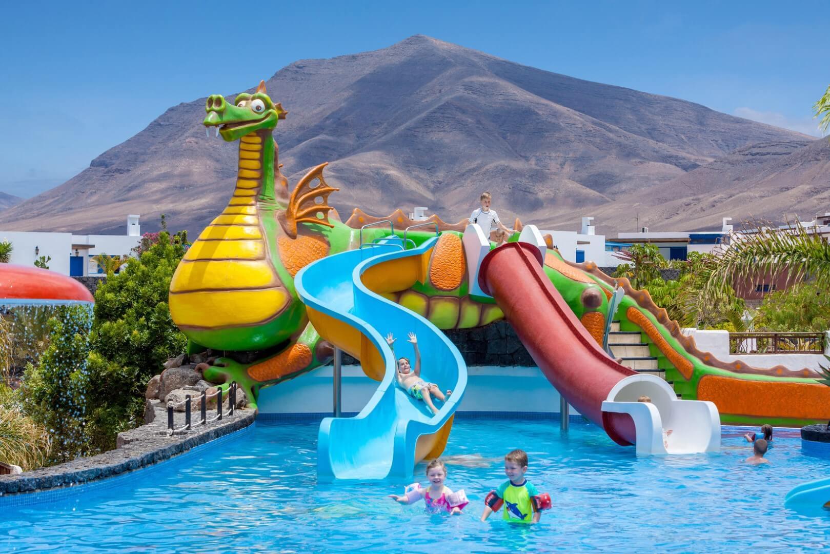 Dream Gran Castillo Premium Family Room