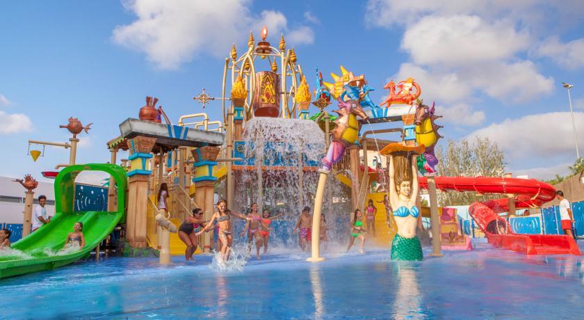 Reserva online tus vacaciones en familia en nuestra for Hoteles para familias en la playa