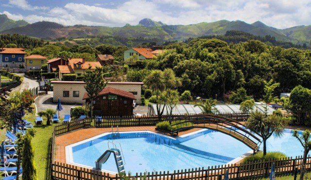 Campings para ir con ni os - Camping con piscina climatizada en tarragona ...