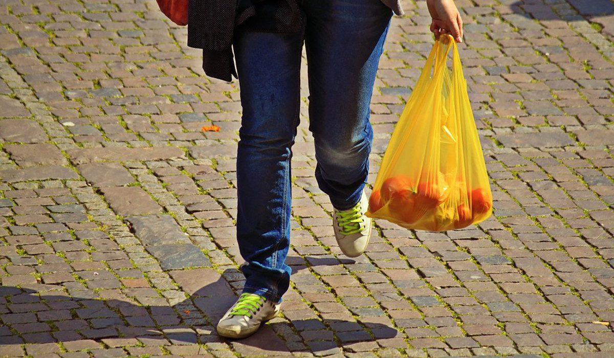 f09b33fc7 7 cosas fáciles que puedes hacer para ahorrar plástico a tu familia y al  planeta