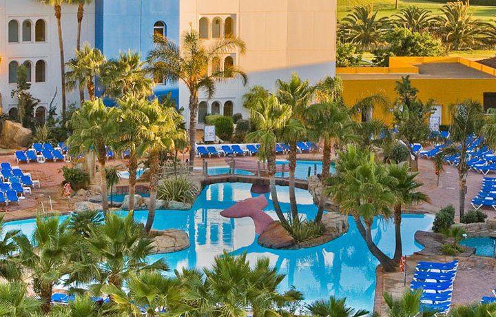 Reserva online tus vacaciones en familia en nuestra - Hoteles con piscina climatizada para ir con ninos en invierno ...